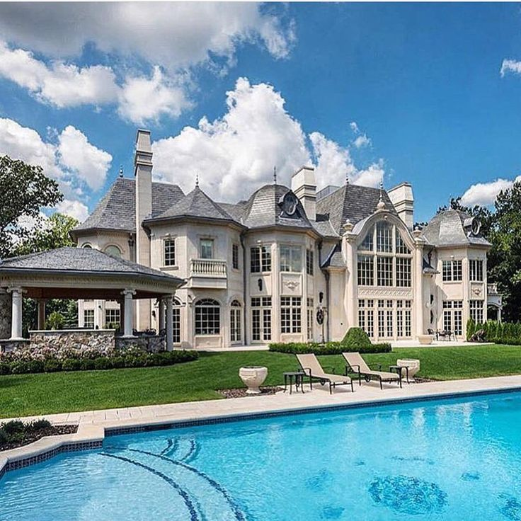 Luxury Mansions With Pool: Best 25+ Millionaire Houses Ideas On Pinterest