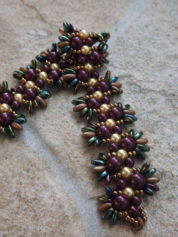 Bracelet swarovski rounds with rizos burgundy dark by Akissbeads