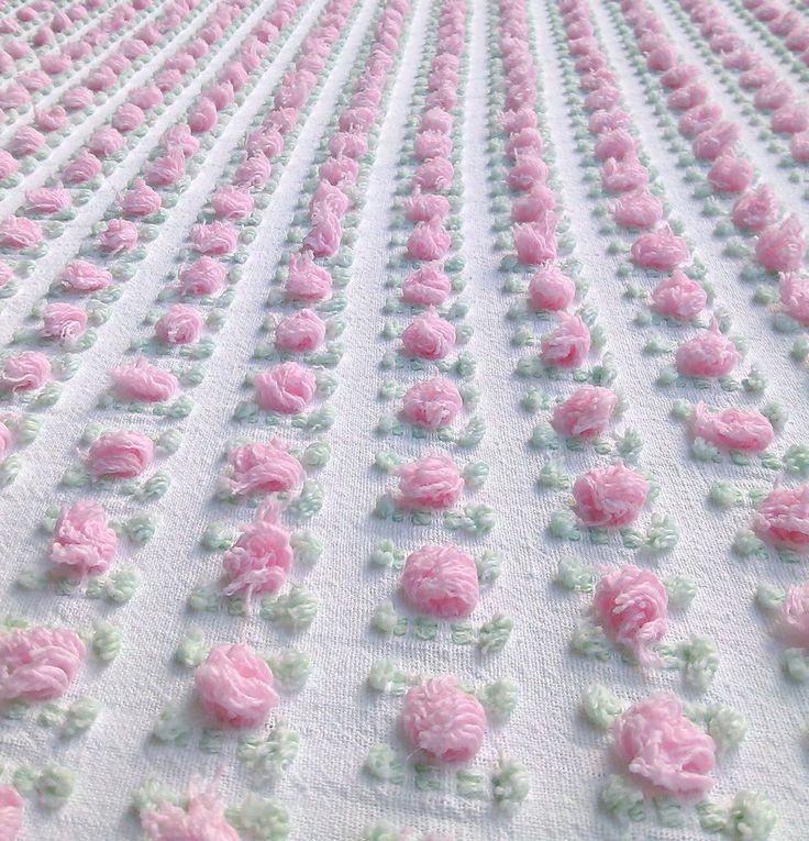 "Morgan Jones Pink Rosebud Vintage Chenille Bedspread Full / Double  108"" x 96"""