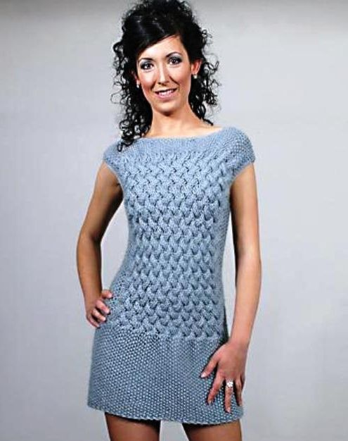 Платье с узором из кос вязаное спицами. Схема платья с узором из кос | Домоводство для всей семьи.