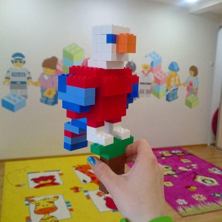 А у меня снова лего выходные ;) Рио де жанейрои попугай ара)  #parrot #weekend #Lego #bird #smile #kids #kid #day #myweekend #rio #попугай #лего #дети #строить #конструктор #контруируем by irene7499 http://www.australiaunwrapped.com/