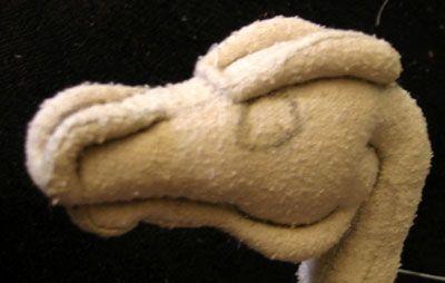 Excellent tutorial for soft sculpture. Especially for head ridges, detailing, etc.