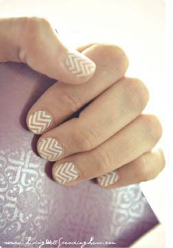 DIY Chevron Manicure