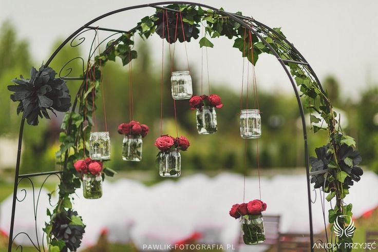 4. Rock Wedding,Outdoor ceremony decor / Rockowe wesele,Dekoracja ceremonii w plenerze,Anioły Przyjęć