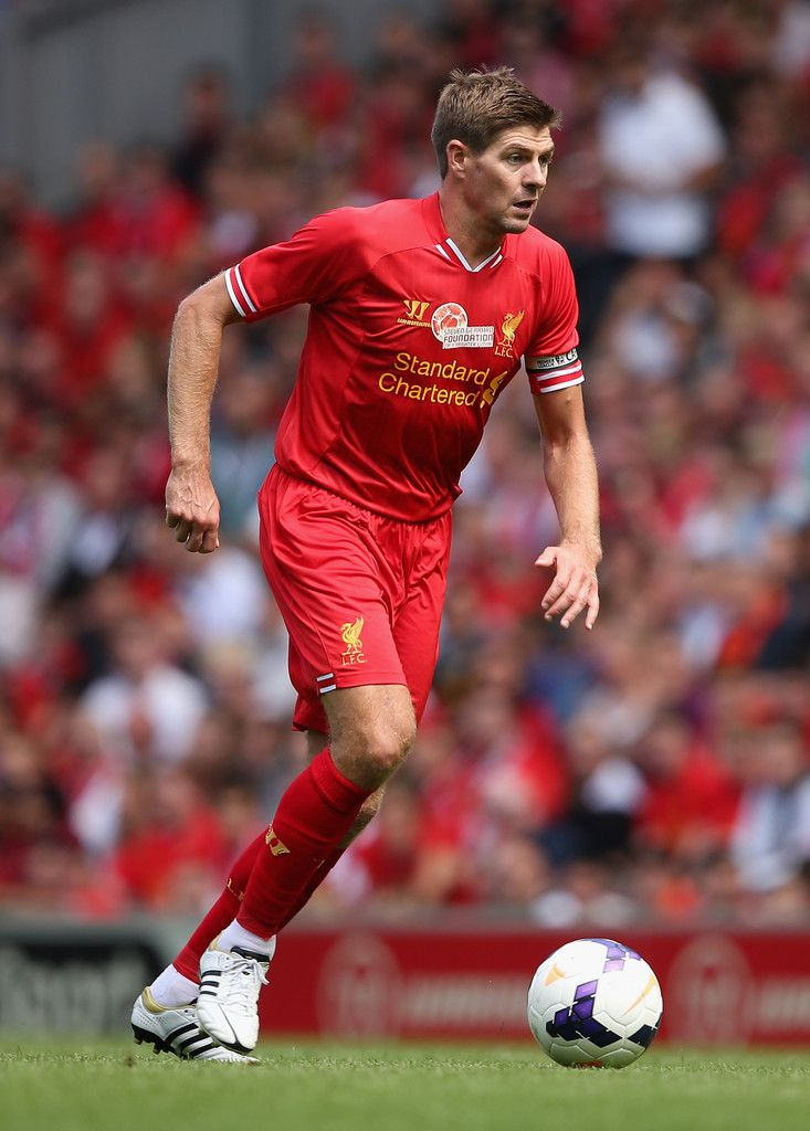 Steven Gerrard. #soccer #EPL #liverpool http://www.pinterest.com/TheHitman14/sports-usa-world/