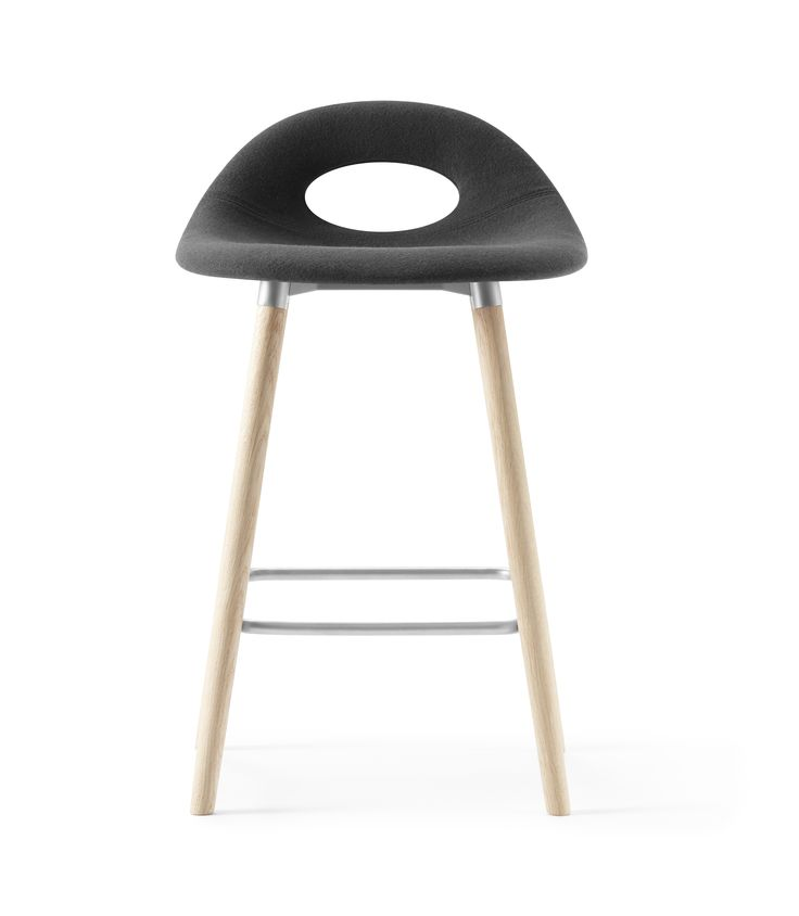 Full padded black and medium height SayO Bar Stool with wood legs. Find out more on www.sayo.dk