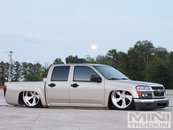 2004 #ChevyColorado: Lang's Low 'Rado - Repin If You Like This Truck? - See More Pictures Here: http://www.minitruckinweb.com/constructionzone/1302mt_construction_zone_2004_chevy_colorado/