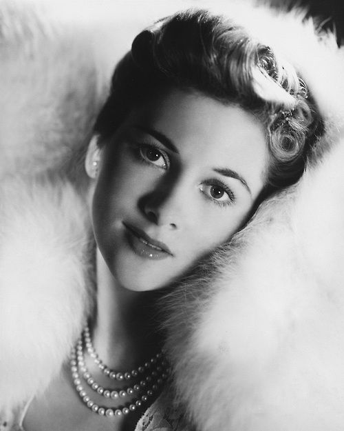 Joan Fontaine, Caygill Summer