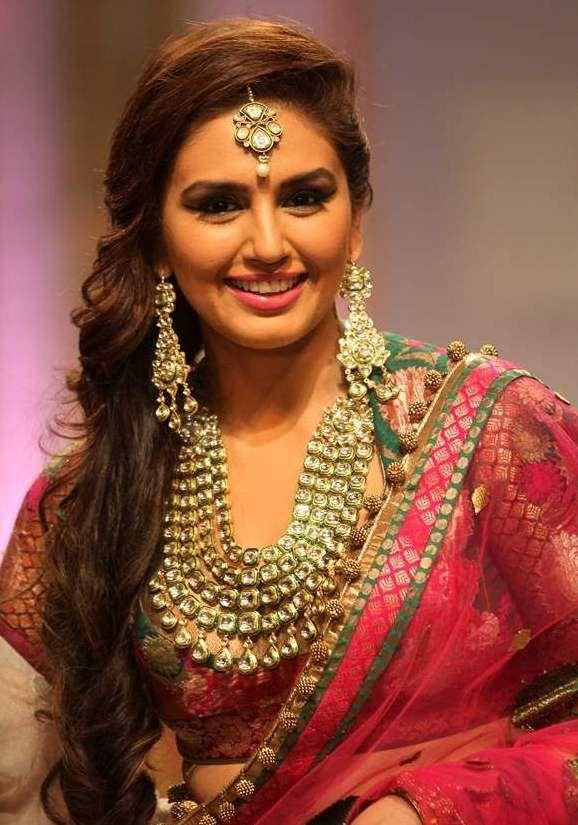 Huma Qureshi walks for Ashima Leena & Jewellery by Azva at Bridal Fashion Week 2013.