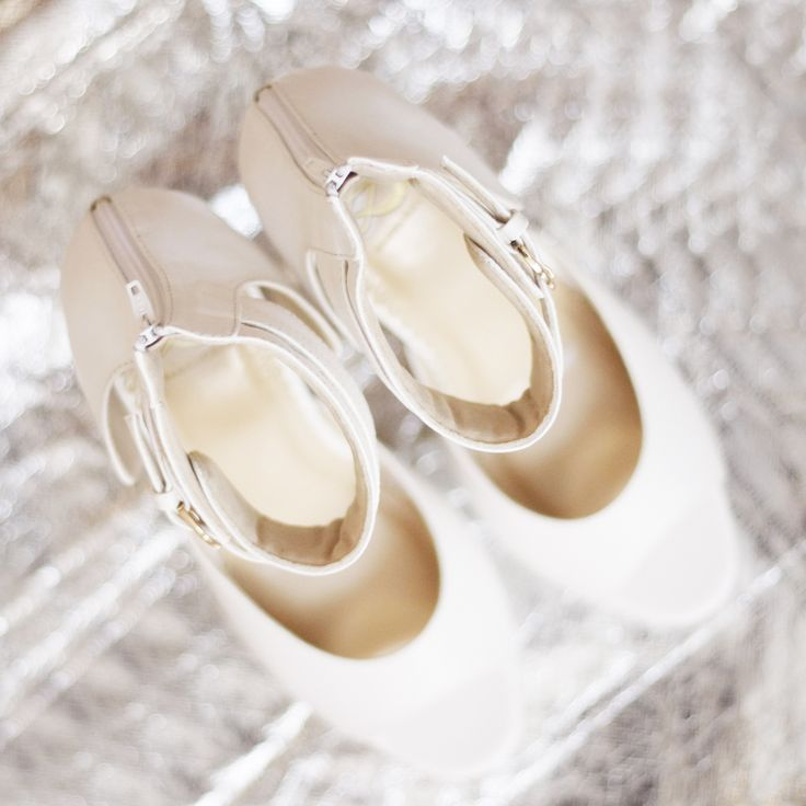Because white shoes is never boring and anyone who wears it, her legs will look longer.  #sachlirene #madisonwhite