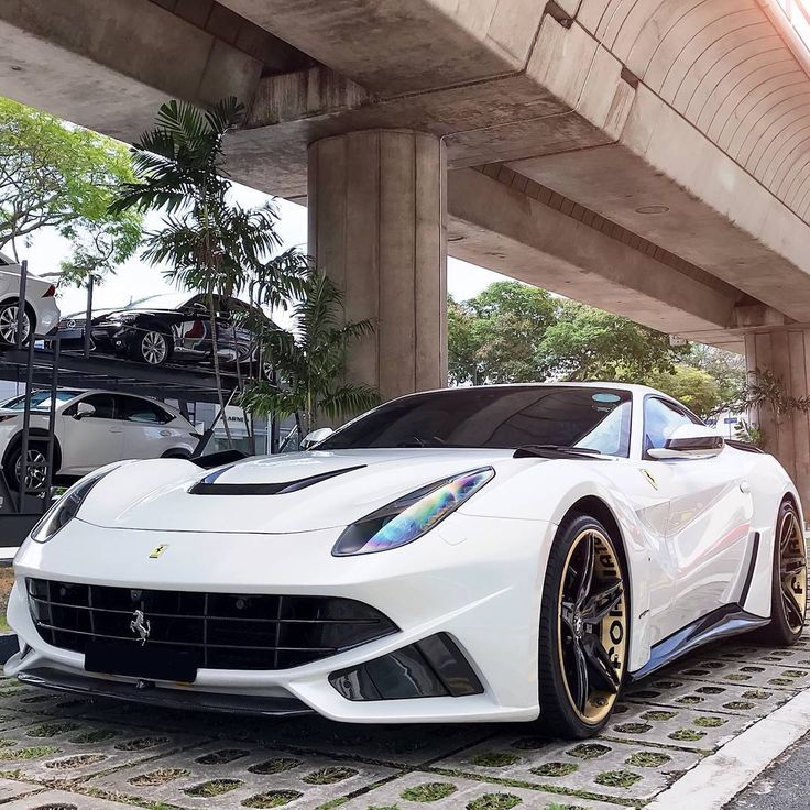 1000+ Ideas About Luxury Cars On Pinterest