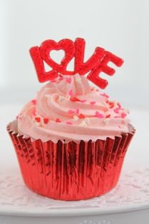 Love themed cucpakes and cupcake decorations perfect for Valentines, Engagements weddings anniversaries etc www.cupcakecorner.com