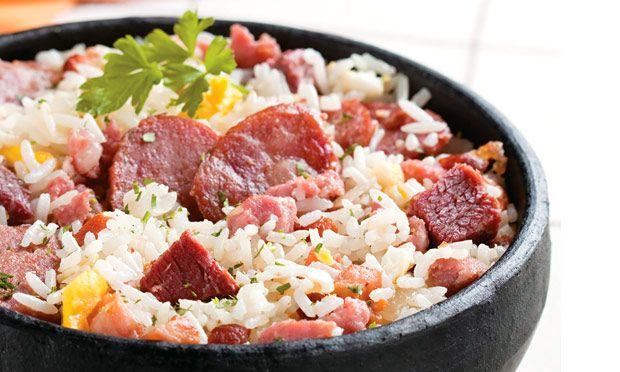 arroz carreteiro//CARNE SECA  LINGUIÇA  CALABRESA SE TIVER