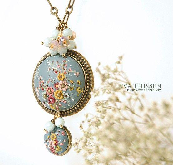 SALE  BLUE EARTH handmade necklace di EvaThissen su Etsy