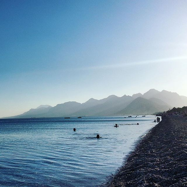 【39kibou】さんのInstagramをピンしています。 《Another picture from Antalya's sea. I don't remember the date I took this picture #sea #umi #sky #sora #mountain #yama #scenery #トルコ #アンタルヤ #海 #空 #山 #風景》