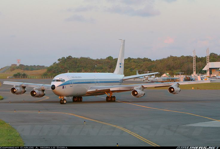 boeing 707 pictures | Photos: Boeing 707-387C Aircraft Pictures | Airliners.net  At Airports, I got the liking of how the other Airliners where taking off and landing. It was cool to be an Airliner Watcher.