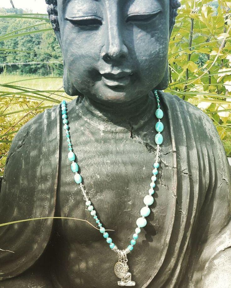 #japamala #mala #gebetskette #lettherebeom #yogaschmuck #yogaeverydamnday #yoga http://ift.tt/1t89zQ3