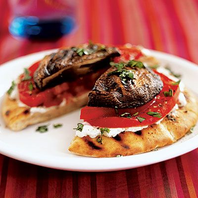 grilled portabella, tomato, goat cheese pitaCheese Pita, Portobellogoat Chees, Grilled Portobello Goats, Cooking Lights, Vegetarian Recipe, Chees Pita, Portobello Goats Cheese, Grilled Cheeses, Goat Cheese