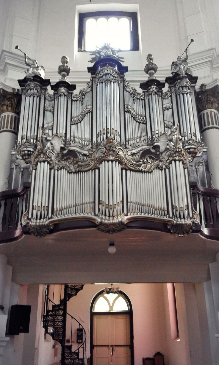 ORGEL (Alat Musik Organ Pipa) Gereja Blenduk Semarang