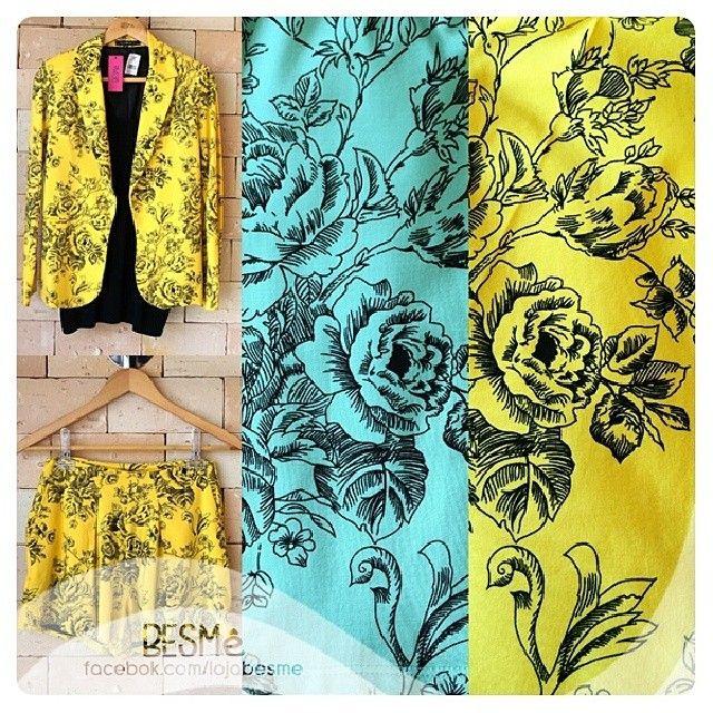 """Disponíveis em azul e amarelo, nos tamanhos """"P"""" e """"M"""". #look #blazer #short #conjunto #floral #besme"""