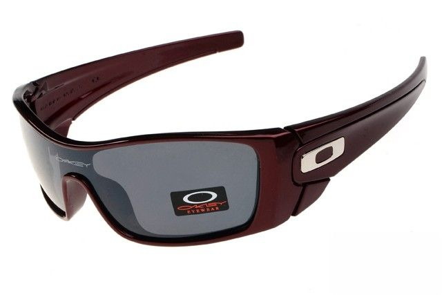 Oakley Batwolf sunglasses - Up to 86% off Oakley sunglasses for sale online, Global express delivery and FREE returns on all orders. #Oakley #sunglasses #cheapoakleysunglasses #mensunglasses #womensunglasses #fakeoakeysunglasses