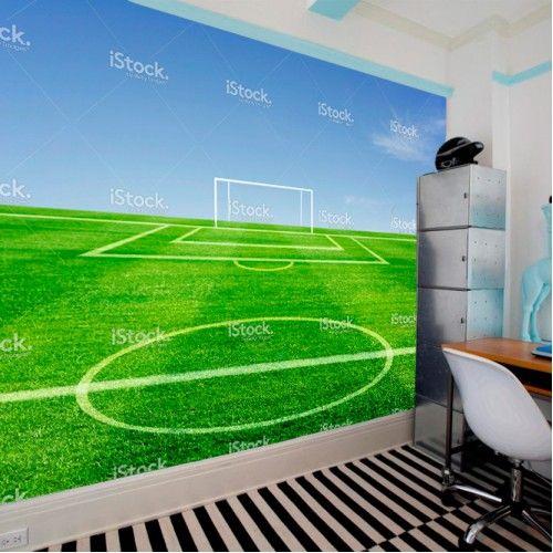 Fotobehang voetbalveld   Maak het jezelf eenvoudig en bestel fotobehang voorzien van een lijmlaag bij YouPri om zo gemakkelijk jouw woonruimte een nieuwe stijl te geven. Voor het behangen heb je alleen water nodig!   #behang #fotobehang #print #opdruk #afbeelding #diy #behangen #sport #voetbal #veld #voetbalveld #doel #voetballen