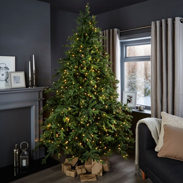 1000+ Ideas About 7ft Christmas Tree On Pinterest