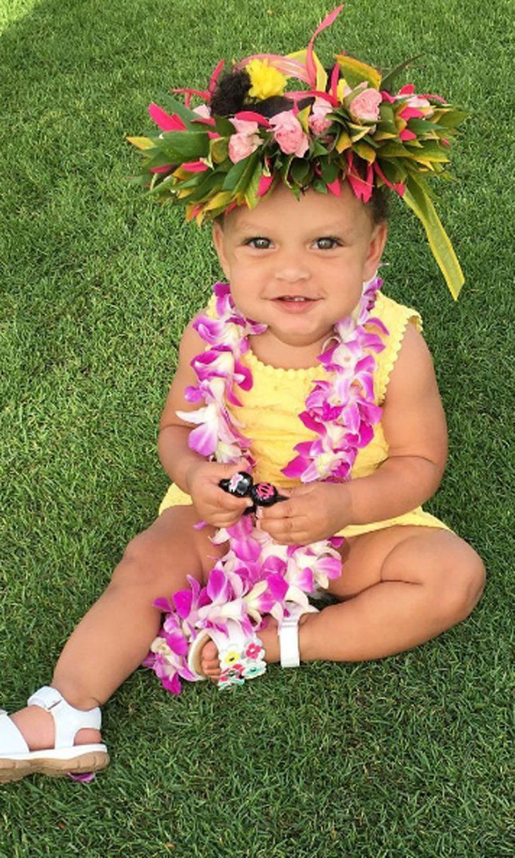 Stephen and Ayesha Curry Celebrate Daughter Ryan's First Birthday in Hawaii