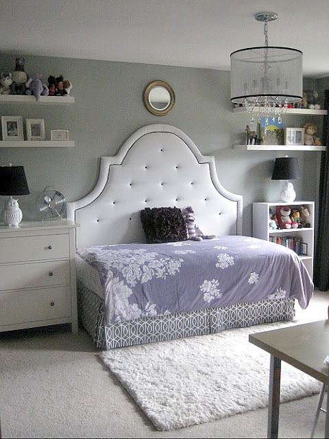 Full headboard with a twin mattress, turned longways: a brilliant way to save space in a small room. Perfect for a kid's space, or a guest room. Add an ottoman, and it's a cozy sitting area, too!