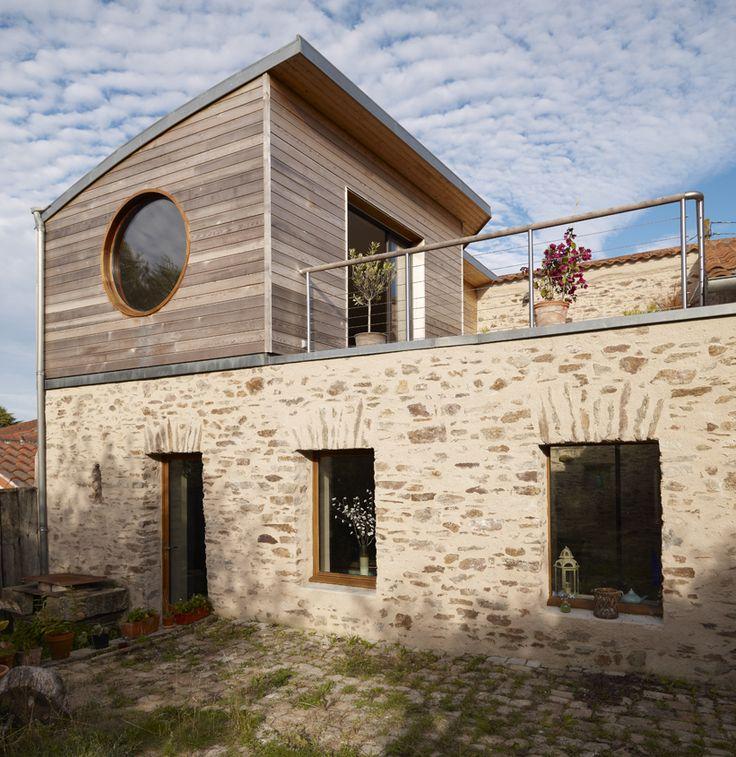 7 best sur l vation de maison bois images on pinterest container nantes and attic. Black Bedroom Furniture Sets. Home Design Ideas