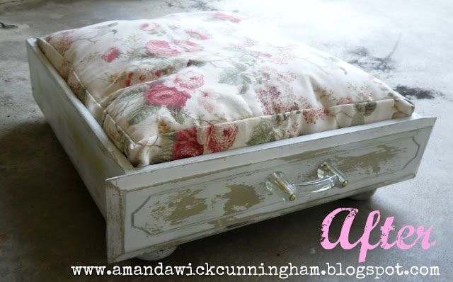 dresser drawers craft ideas | Dog bed made out of dresser drawer - GENIUS!