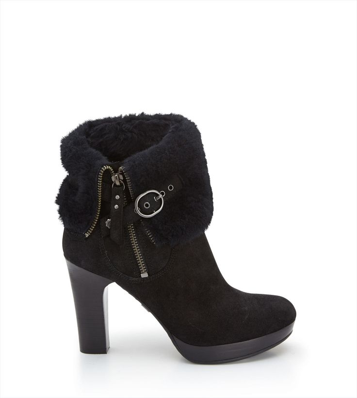 Original UGG® Scarlett Boots for Women on the official UGG® Australia website. Free standard delivery & returns.