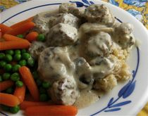 Crockpot Swedish Meatballs - added a container of baby Bella mushrooms.  Delish!