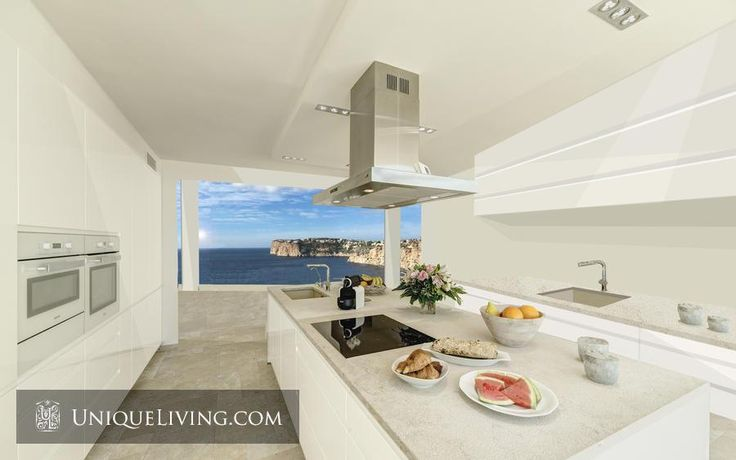 4 Bedroom Villa | Cala Llamp, Mallorca, The Balearics - €3,940,000