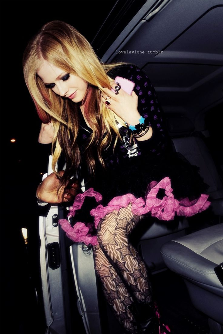 85 best images about avril lavigne on Pinterest | Her hair ... Avril Lavigne Daydream