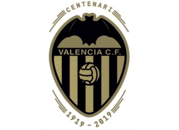 Vcf El Valencia Registra Un Logotipo Para El Centenario Por Manolomontalt Plaza Deportiva Valencia Valencia C F Escudos De Equipos