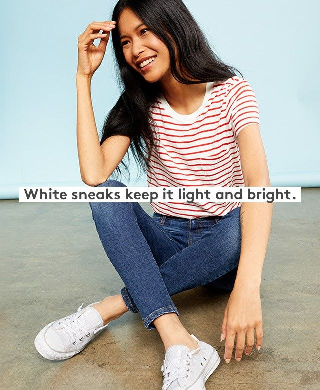 Skinny Jeans Red And White Striped Tee White Tennis Shoes