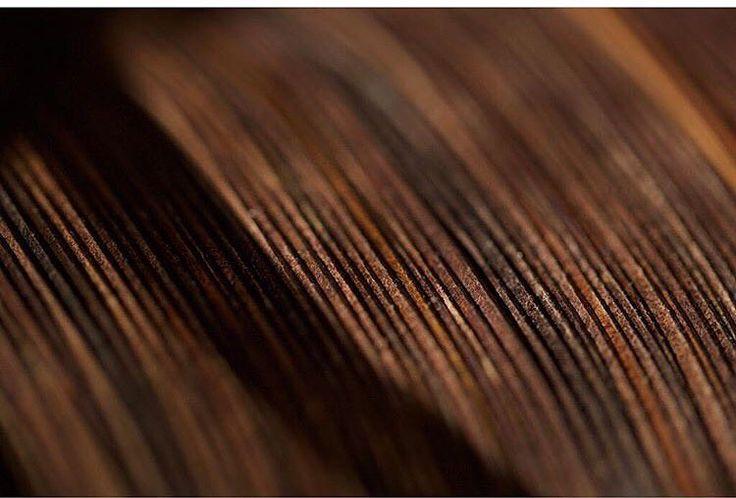 Läderplånböcker staplade i perfektion, köp på sawyerstreet.se - #sawyerstreetgoods #livsstil #accessoarer #accessoar #herraccessoarer #herrstil #stil #herrmode #läder #skinn #presenttips #tillhonom #gåva #villha #kvalitet #exklusiv #tidlös #lyx #vardagslyx #plånbok #plånböcker #hantverk #handgjort #amerikanskt