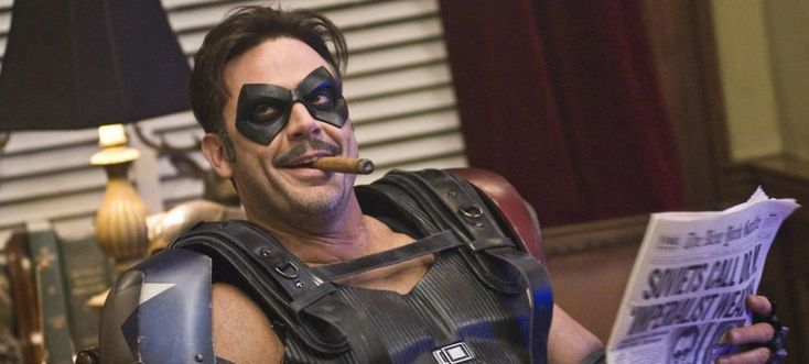 The Walking Dead: Jeffrey Dean Morgan rêve d'endosser le costume de Batman