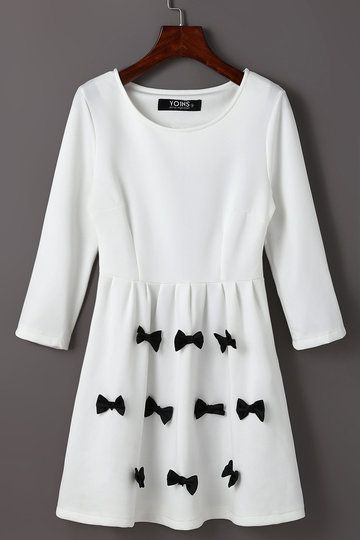 Ladies White Bowknot Pattern Mini Dress with 3/4 Length Sleeves