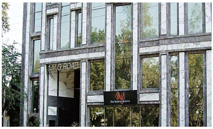 MG1 the upmarket fashion station of the capital with Showrooms/outlets of some of the big names in the Indian fashion industry.   #Retail #Complex #Showroom #Shops #High-end #Market