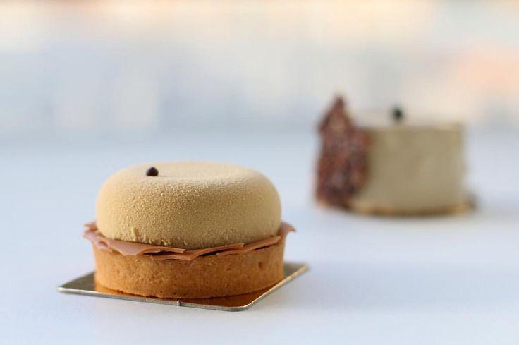 """1,393 mentions J'aime, 40 commentaires - ChristopheAMAV (@christopheamav) sur Instagram: """"J'ai envie de remanger la tarte snickers de @ble_sucre ❤ Je l'aime celle-là. - - - #blesucre…"""""""