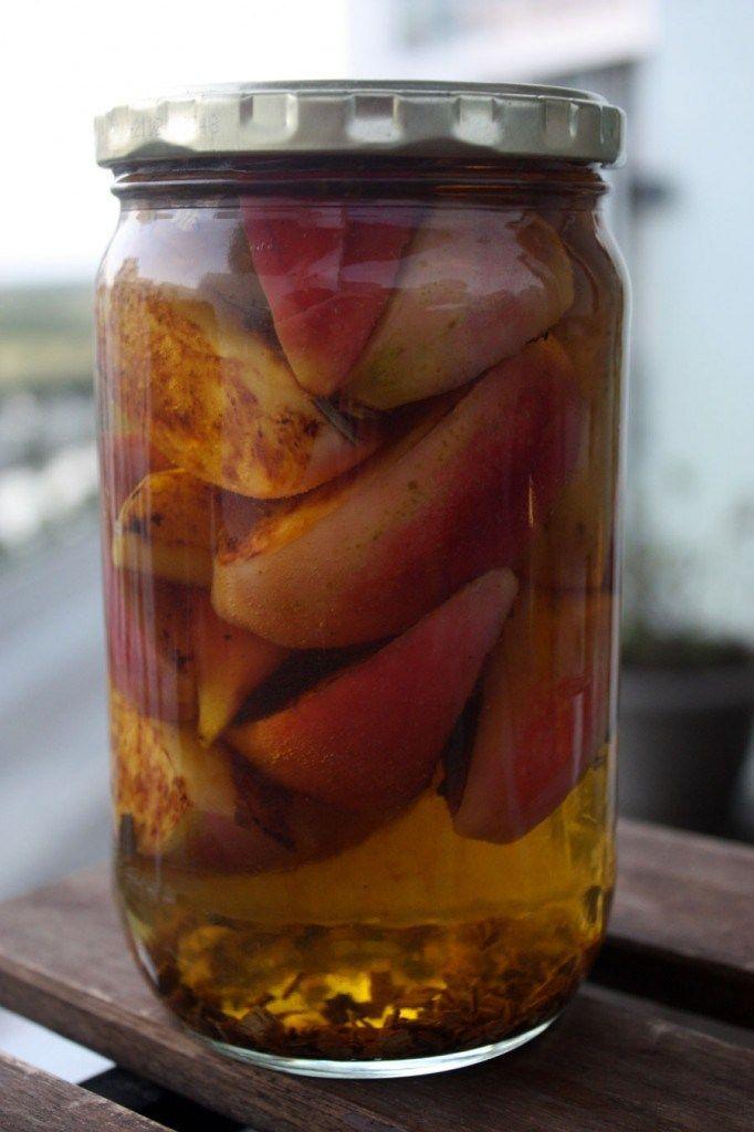 Snaps af karameliserede æbler og whisky-eg
