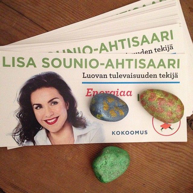 Lisa Sounio-Ahtisaari vaaliesitteitä