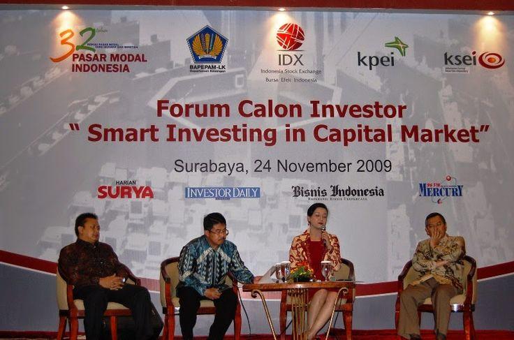 Kiki widyasari menjadi nara sumber salah satu acara bersama forum calon investor