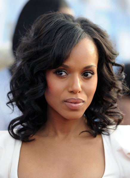 Kerry Washington check out this leading lady on #Scandal...