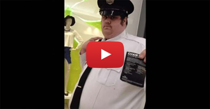 Mall Cop Tries To Kick Navy SEAL Out Of Store For Talking About God – Watch What Happens Next