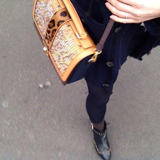"""Me with my new love #mcm #bag #veronicavisetossatchel #cognac #accessoires #accessories #fashion #fashionista #fashionlover #follow #followme"""