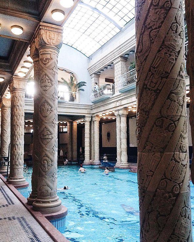 """100% chill   В венгерских купальнях немного чувствуешь себя героем фильма """"Гранд отель Будапешт"""". Но у меня возникли даже бóльшие ассоциации с """"Волшебной горой"""" Томаса Манна. Термальные воды, абстрактный санаторий,  весьма конкретный Ганс Касторп. (Если честно, без понятия как правильно пишется имя главного героя, эту книгу я слушала, а не читала ) Суть в том, что здесь круто. Только теперь нужны ещё одни выходные  by cathy_saintp. travelgram #simplebeyondblog #foodie #foodporn #vscotop…"""