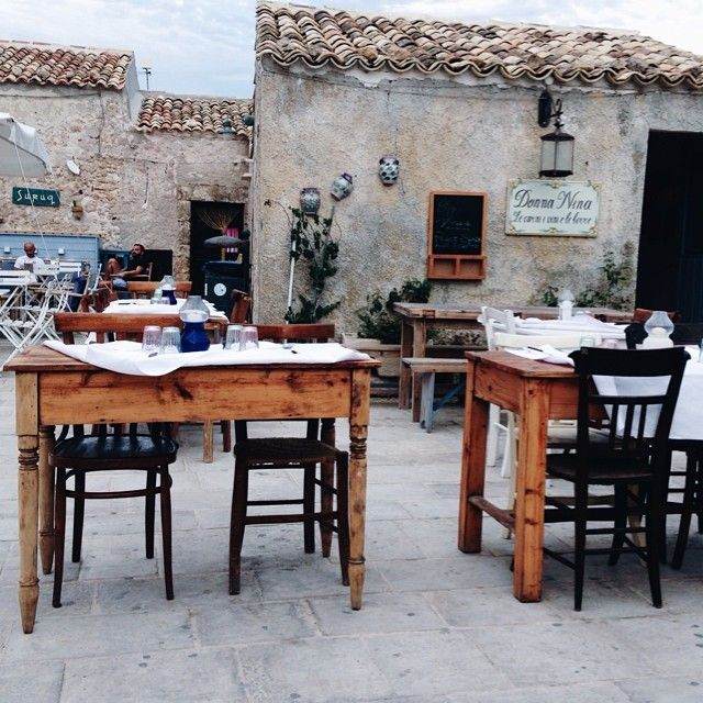Such a beautiful trattoria in Marzamemi ❤️